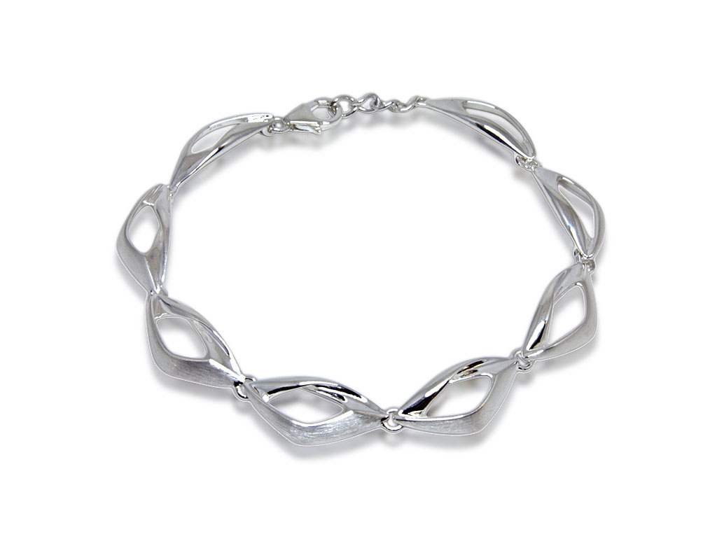 Silver Collection Twisted Triangle Bracelet